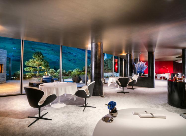 11 Silver Restaurant