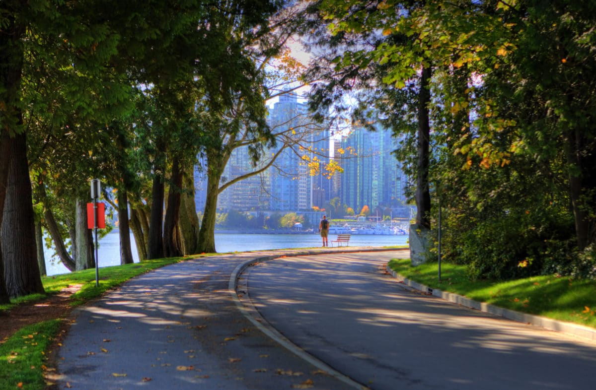 Anders-Agger-Vancouver - Seawall-looking-out-to-city.jpg