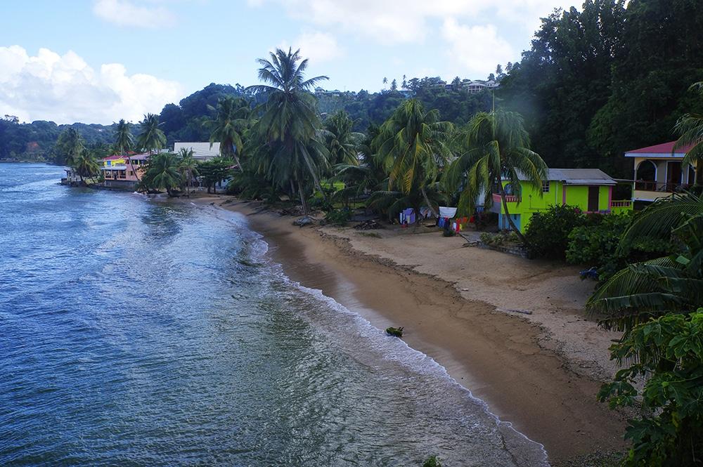 Felecool-Dominica-paradis-pa-jord - AdobeStock_163574453.jpeg