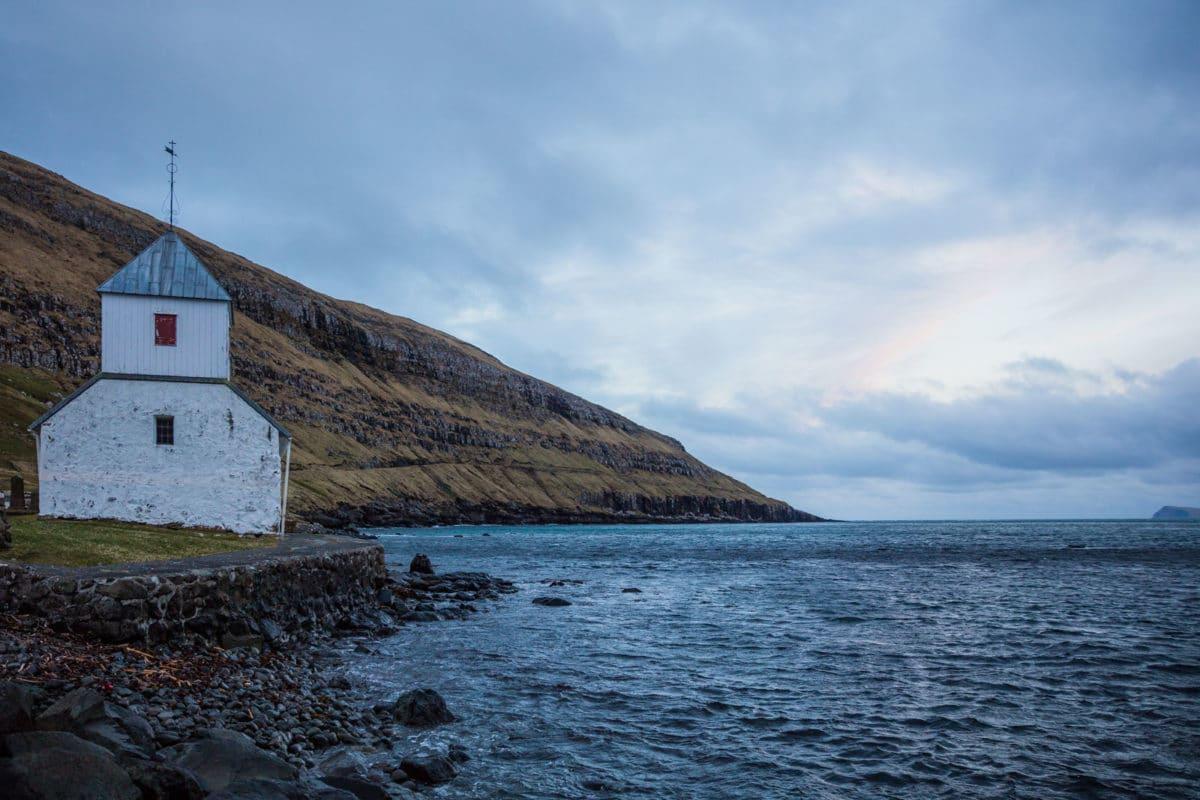 Forelsket-i-Færøerne - Annlind- andersen- anhede-faroe-islands-kirkjubour-5.jpg