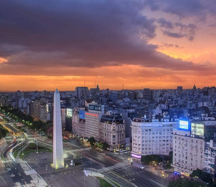 Klaus-Riskærs-Buenos-Aires - BUENOS-AIRES-AV-9-de-JULIO.jpg