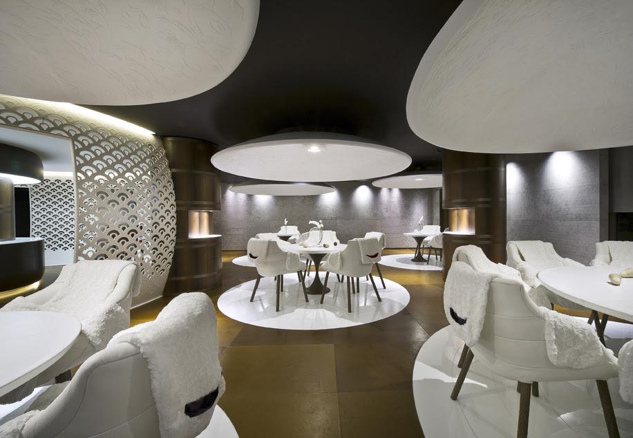 Porsche-på-pisterne - Restaurant-Le-1947-©Jean-Christophe-Studio-Bergoend.jpg