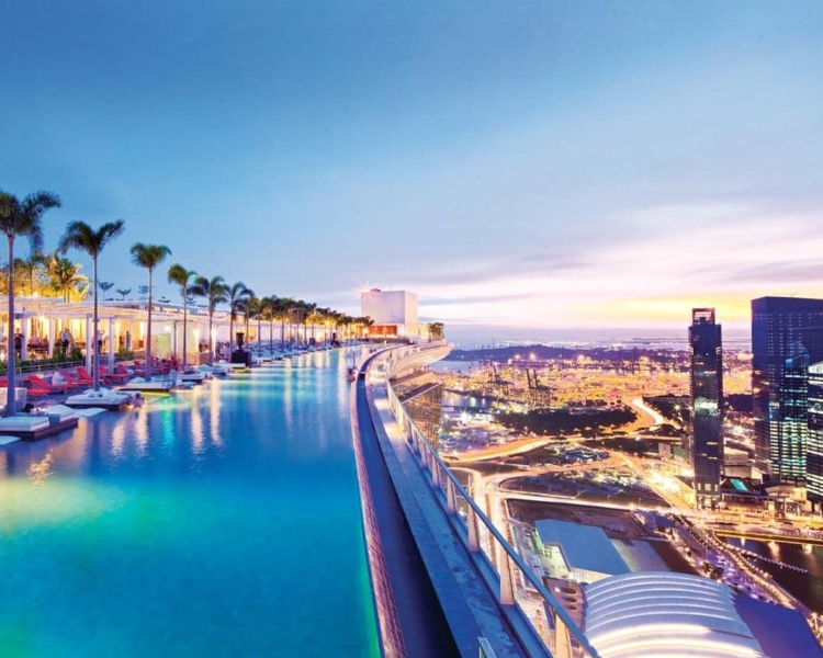 Rikke-May-Singapore - infinity-pool-1-d.jpg