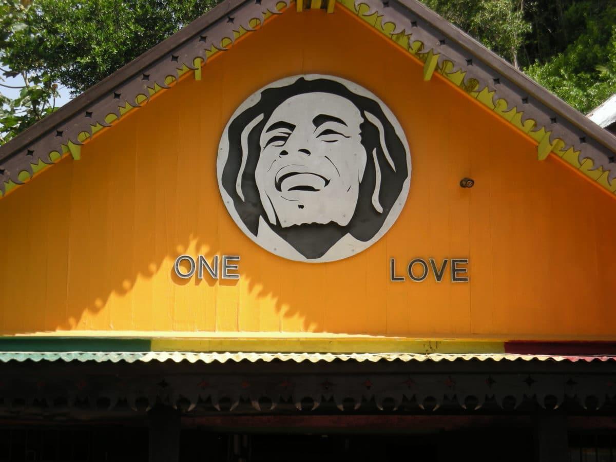 Rohan-Marley-guld-ø-Jamiaca - Bob-Marley-Mausoleum.jpg