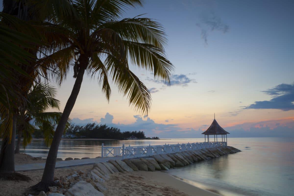 Rohan-Marley-guld-ø-Jamiaca - motegobay174970596.jpg