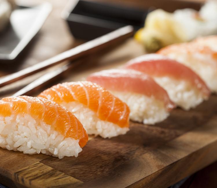 Smag-på-Tokyo - sushi1.jpeg