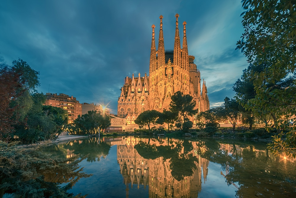 uploads - barcelona1AdobeStock_142065090.jpeg